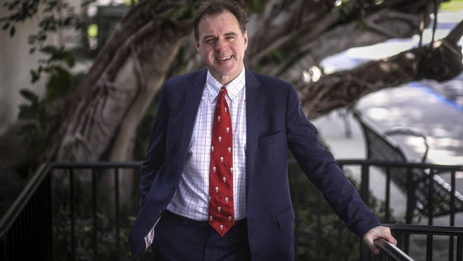"Niall Ferguson, an author and a senior fellow at the Hoover Institution spoke Tuesday at the Society of the ""The Square & the Tower: Making Sense of a Networked World,"" January 28, 2020."