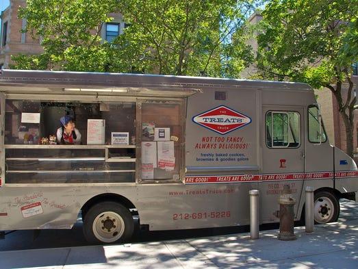 -selling peanut butter cookie sandwich from New York's Treats Truck ...