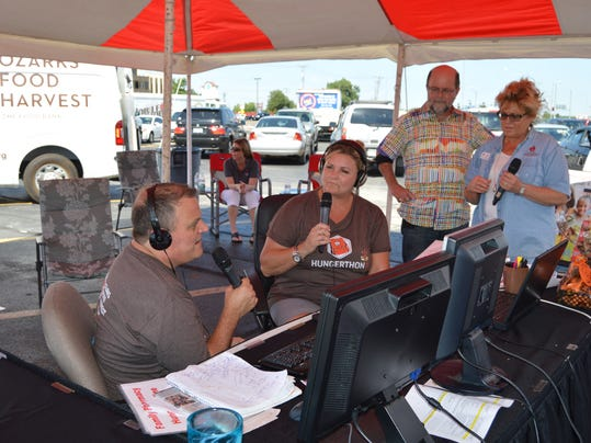 Kevin Howard and Liz Delany talk with OFH Dev Dir Denise Gibson and a donor_.JPG