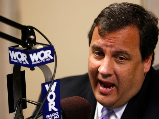 Governor Christie at the WOR-AM radio studios in Manhattan in 2009.