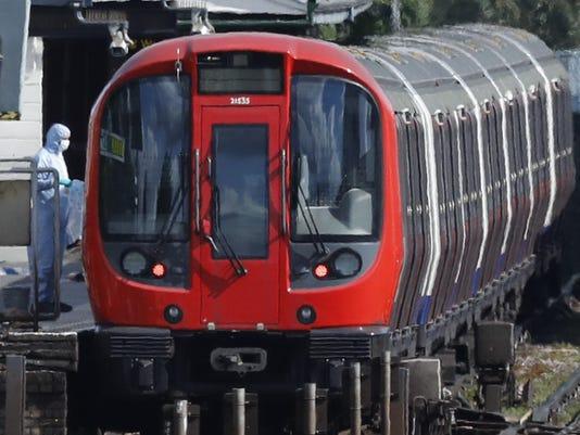 Britain Subway Incident (3)