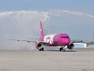WOW Air retrenching? Service to three Midwest cities axed