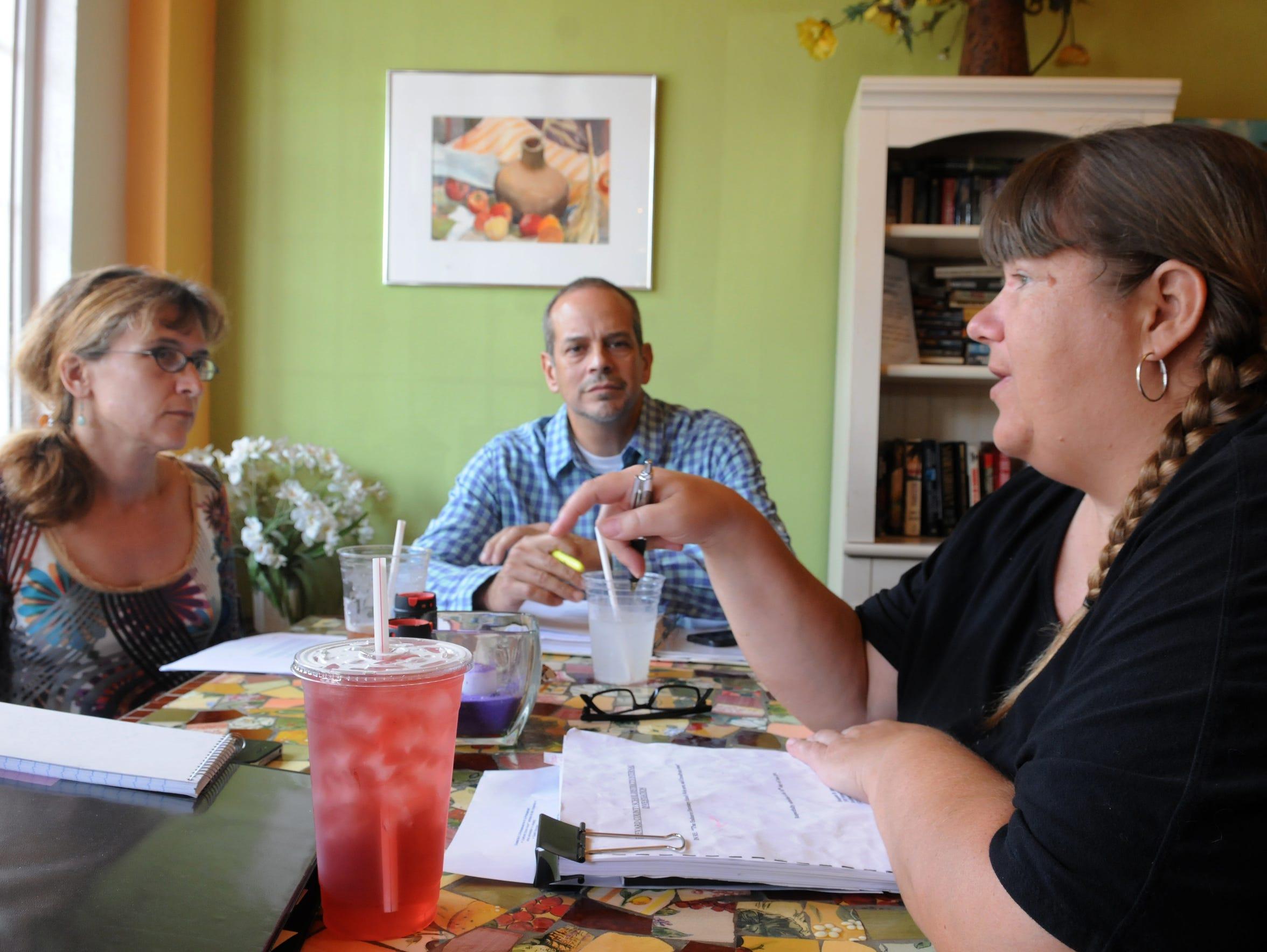 Margaret Goudelock, Jorge Cadiz and Vida Escue of the