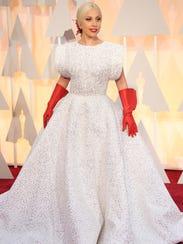 Lady Gaga arrives at the 87th annual Academy Awards