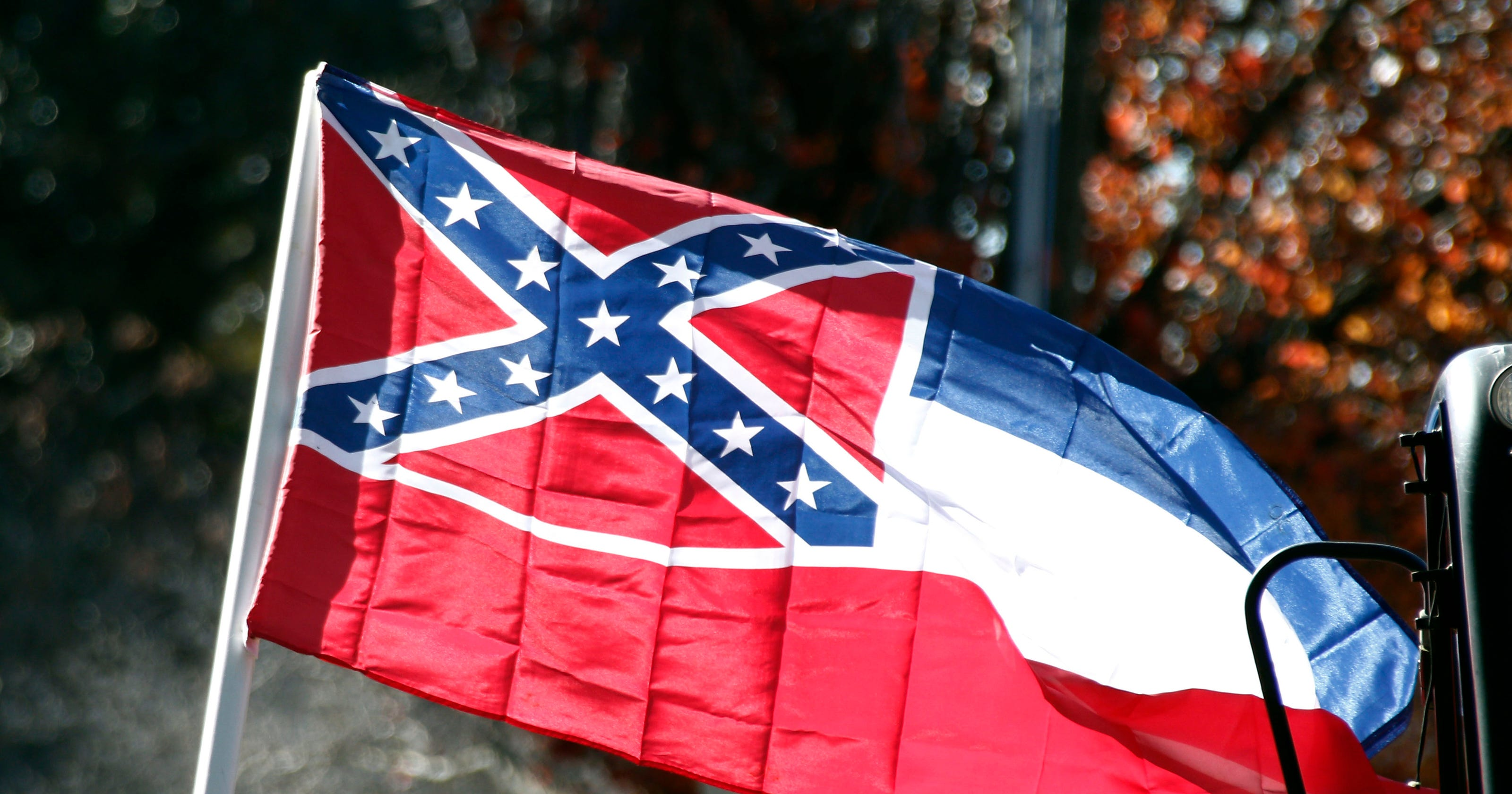 Mississippis Choice Confederate Past Or New Flag And Future