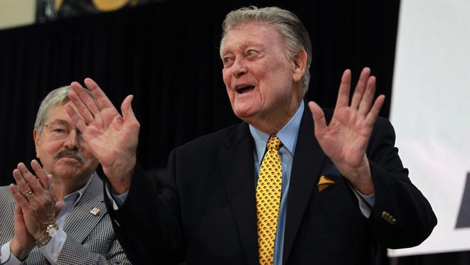 Hayden Fry thanks FRYfest attendees at the Coralville Marriott on Friday, Sept. 4, 2015. Fry received a proclamation from Governor Branstad for his work with the America Needs Famers initiative, which began 30 years ago.