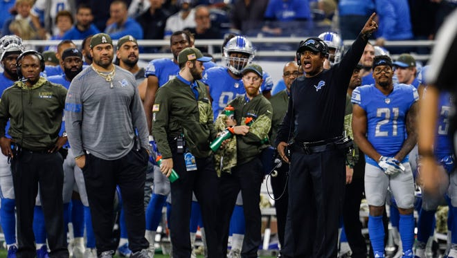 Detroit Lions head coach Jim Caldwell points at the clock and yells at the end of the first half against the Cleveland Browns at Ford Field, Sunday, Nov. 12, 2017.