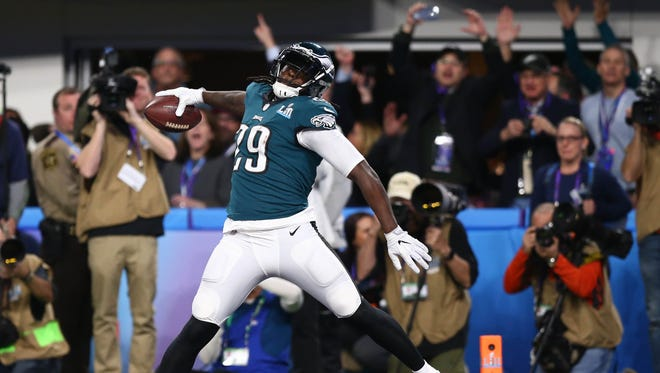 Philadelphia Eagles running back LeGarrette Blount (29) celebrates after scoring a touchdown against the New England Patriots in the second quarter in Super Bowl LII at U.S. Bank Stadium.