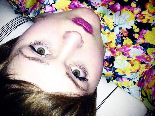 Hexteria is a Portland electronic indie pop/rock artist.