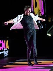 Brett Eldredge performs at the CMA Music Festival on