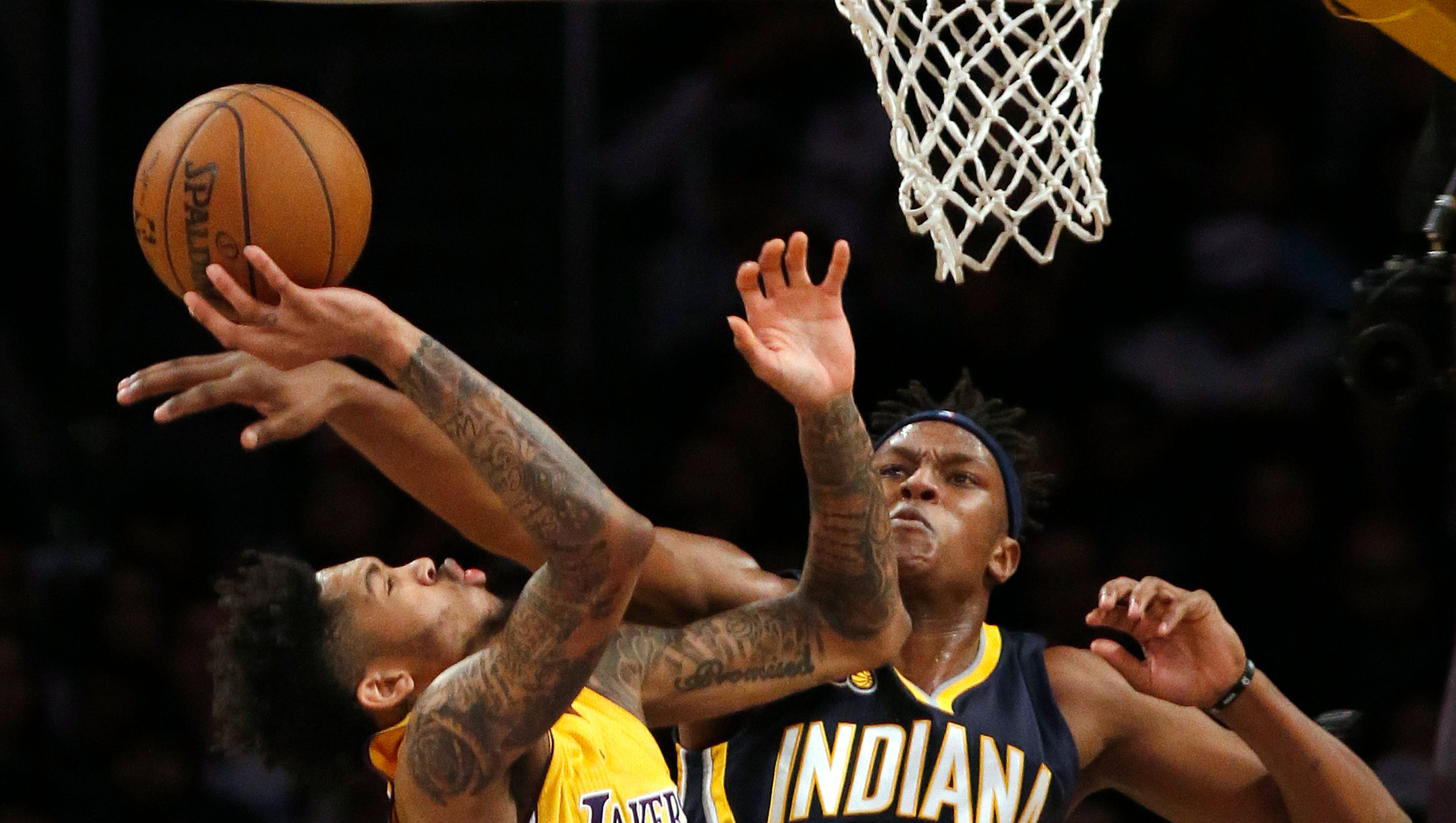 636205554127166504-pacers-lakers-basketball-jayello-hnenewspapers.com-1