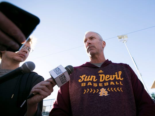 Tracy Smith will return as ASU baseball coach in 2019.