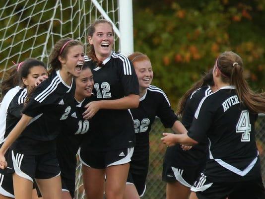 River Dell girls soccer team