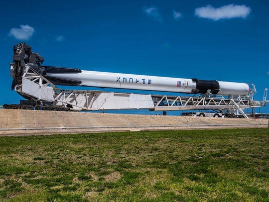 The first Block 5 Falcon 9 booster rolls out to Kennedy