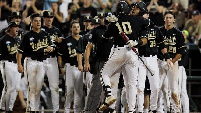 The  Vanderbilt Commodores  look to defend their national championship this year.
