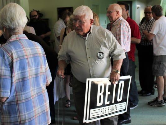 Beto-fan