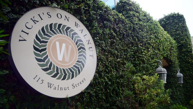 Vicki's on Walnut announced Wednesday it was closing the restaurant but its catering operations will remain.