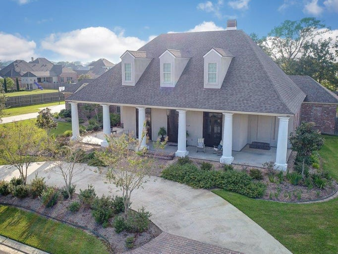 This 5 bedroom, 4 1/2 bath home is located at 112 Turtledove