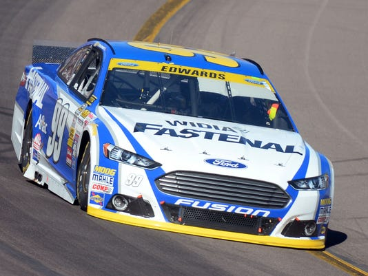 2014-11-9-Carl-Edwards
