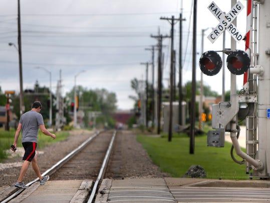 -APCBrd_06-18-2014_Crescent_1_A006~~2014~06~17~IMG_APC_Train_Tracks_SEC_1_1_.jpg