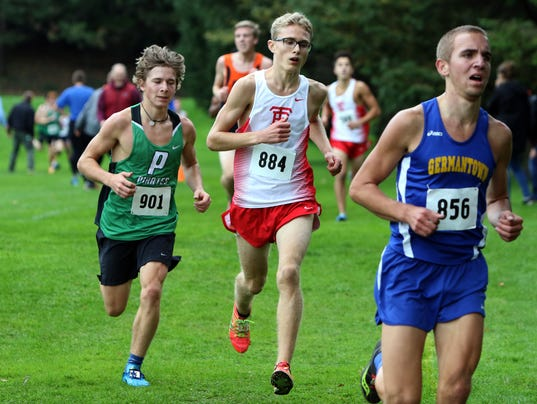 Wauwatosa East Boys Cross Country at D1 Sectional