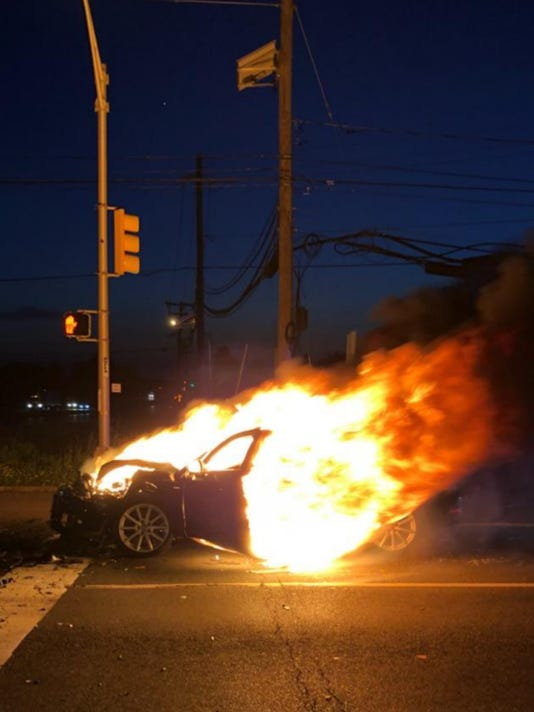 636649173900957992-South-Brunswick-burning-car-rescue-2.jpg