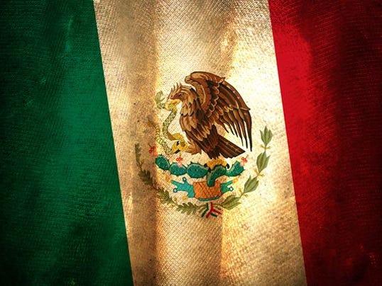 635975566259965930-bandera-mexico.jpg