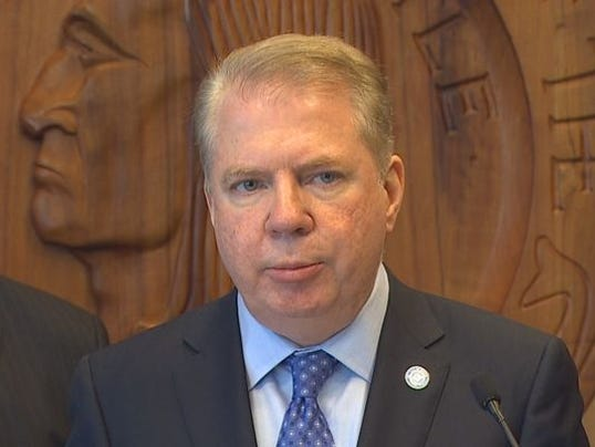 Seattle Mayor Meets With NBA, NHL Commissioners