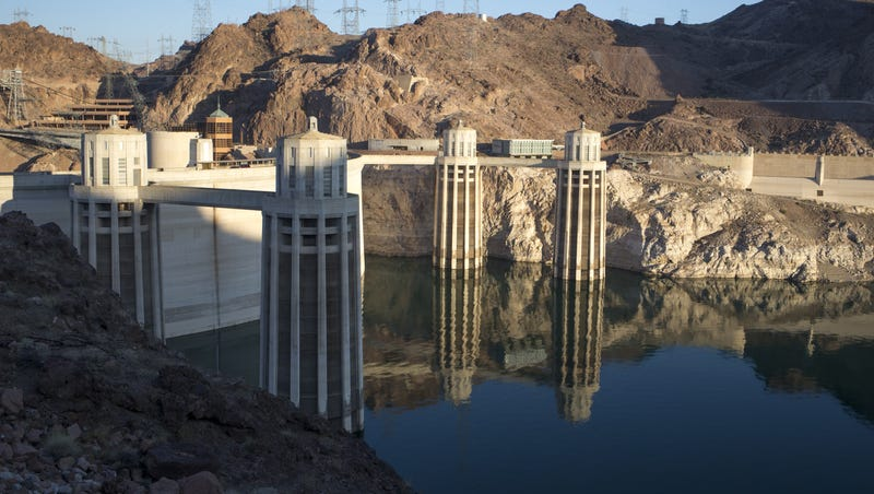 DPS: Man who blocked Hoover Dam bridge held sign calling for release