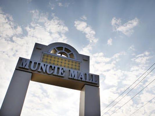 636207016130980677-Muncie-Mall-sign.jpg