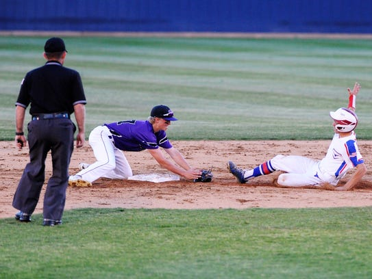 Wylie second baseman Balin Valentine (47) waits for a would-be base stealer during the Bulldogs' 1-0 loss to Graham.