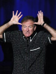 Robin Williams performs at MGM Grand Garden Arena on