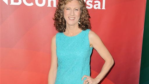 """In this file photo, performer Laurie Berkner of Sprout's """"Sing it, Laurie!"""" arrives at the 2013 NBCUniversal Summer Press Day in Pasadena, Calif. The singer-songwriter, who Time magazine dubbed as """"the queen of children's music,"""" has been training teachers to use her songs in a new music program for kids up to 4."""
