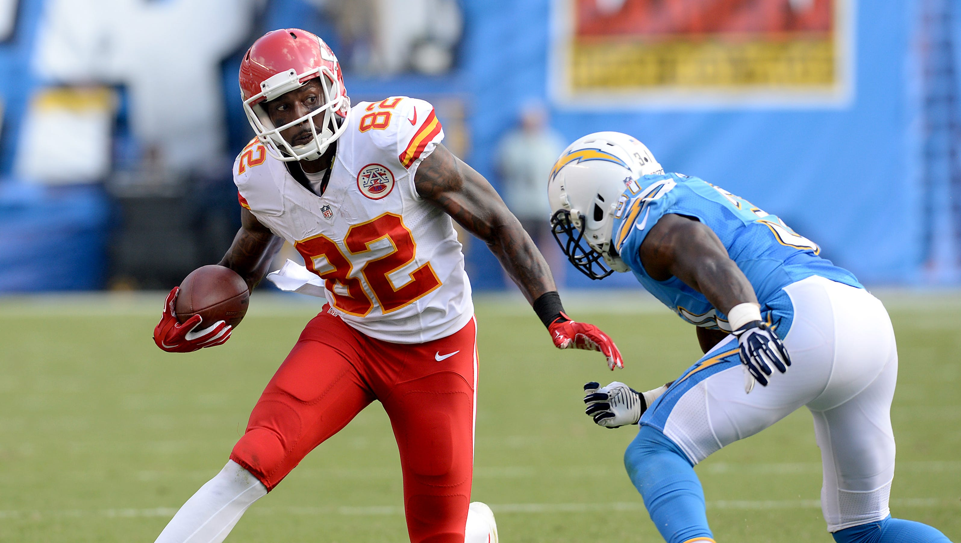 Santos 48 Yard Field Goal Lifts Chiefs Over Bolts