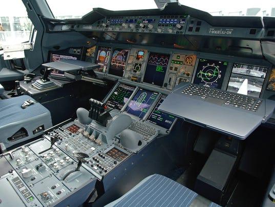 a380-cockpit