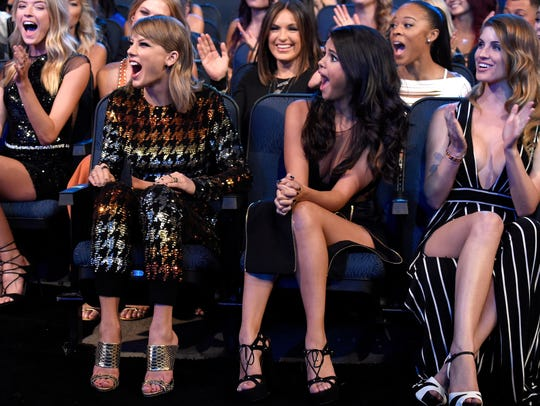 Gomez reacts to Swift's major 'Bad Blood' win at the