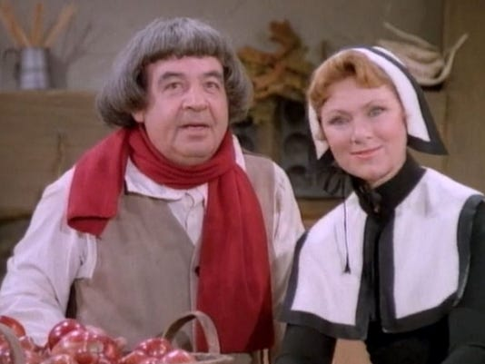 636458327497690163-1.-Tom-Bosley-and-Marion-Ross-in-the-Happy-Days-episode-The-First-Thanksgiving---screenshot-Miller-Milkis-Productions-ABC.jpg