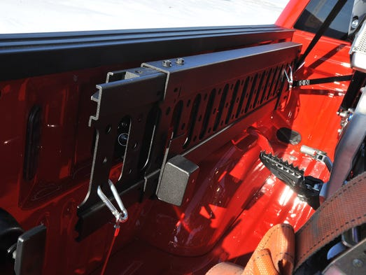 2015 Ford F 150 Regular Cab >> Ford F-150 arms winter warriors with plow option