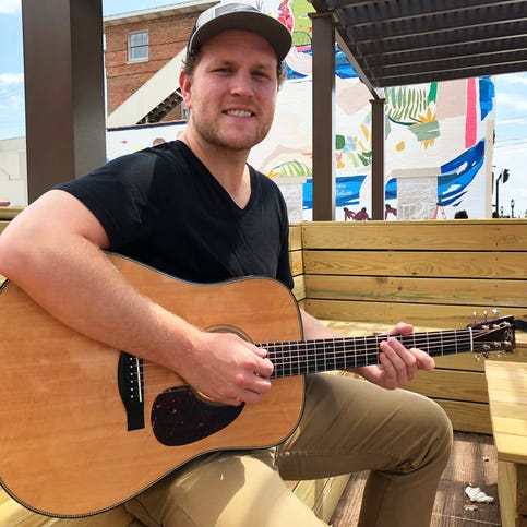 'Country songs tell a story' Sandy Lee Songfest returns this week