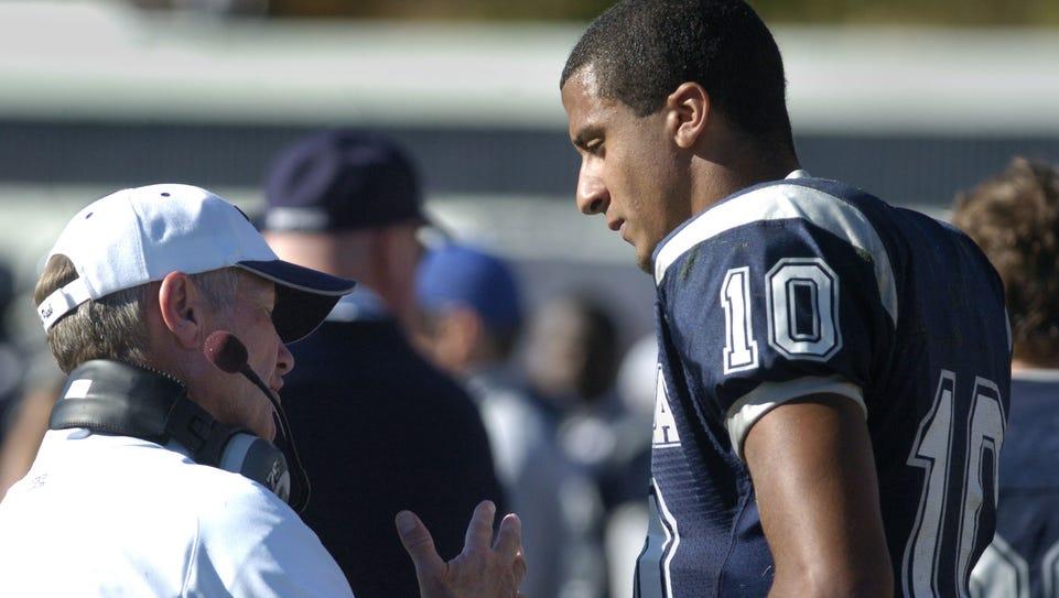 Chris Ault, left, has urged his former quarterback,