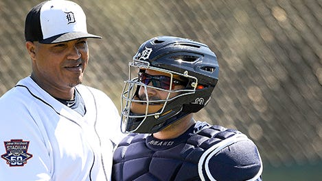 Alex Avila's new mask continues to be a source of conversation.
