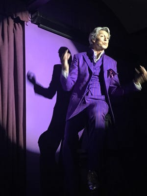 Tommy Tune entertains visitors to the Purple Room on a ladder at his sold-out three-night run at the Palm Springs supper club over the weekend.