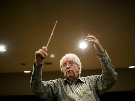 Jack Herriman directs Chandler Symphony