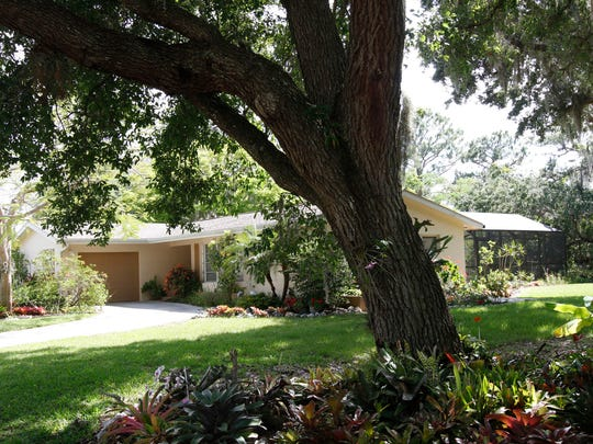 An vintage Michigan home in the Yacht Club Colony subdivision in North Fort Myers.