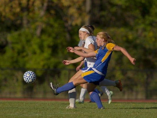 20150915_Trumanburg_Lansing_Girls_Soccer_sw