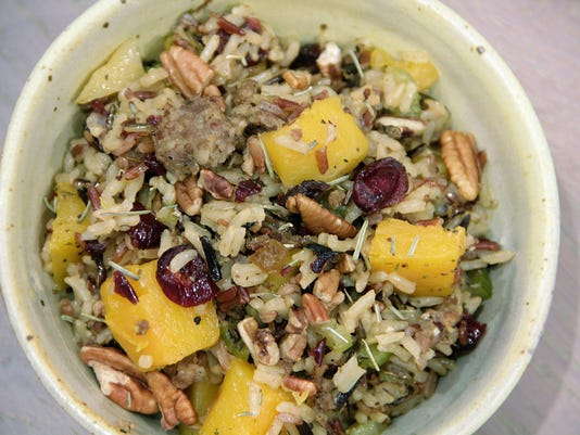 Food Healthy Wild Rice Dressing (2)