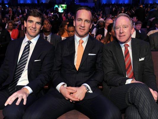 Eli Manning, Peyton Manning, Archie Manning