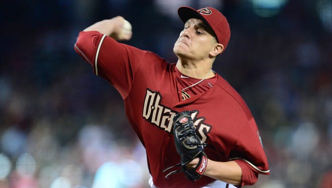 June 7, 2015; Phoenix; Arizona Diamondbacks relief pitcher David Hernandez throws against the New York Mets at Chase Field.