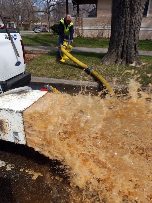hydrant flush
