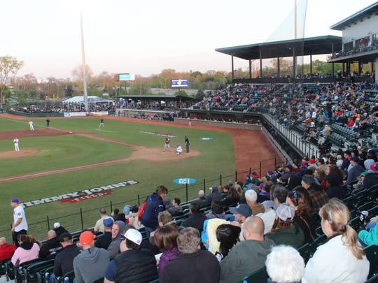 The independent United Shore Professional Baseball League begins its third season of play this weekend at fan-friendly Jimmy John's Field in Utica.